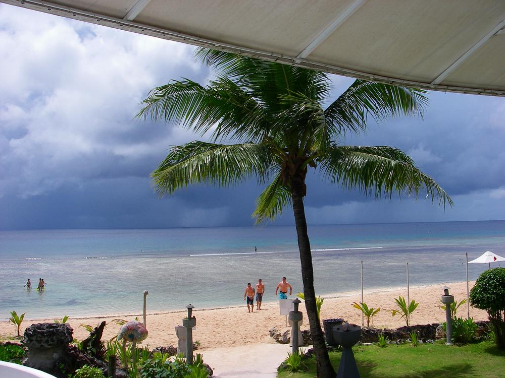 2010年夏のグアム旅行(5) ~ Resort Hotel ① HOTEL NIKKO GUAM~_c0223825_19101123.jpg