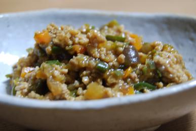 野菜たっぷり肉味噌_c0124528_6441839.jpg