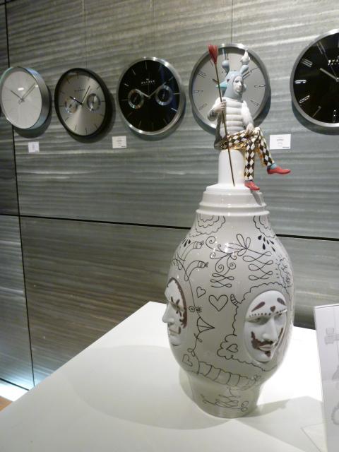 Bo concept(デンマークの家具)とリヤドロ(スペインの陶器)_a0116902_2235844.jpg
