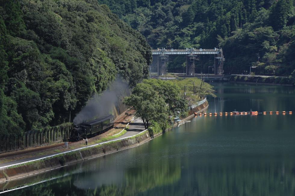 2010年肥薩線(2)-晴れたり曇ったり-_b0190710_2227419.jpg