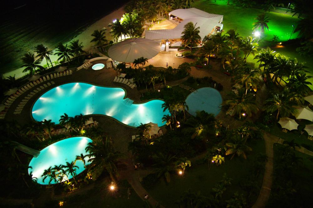 2010年夏のグアム旅行(6) ~ Resort Hotel ② 魅惑のサンセット~_c0223825_23144561.jpg