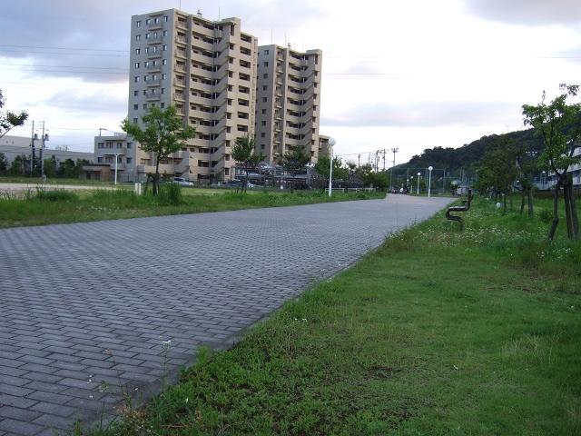 平成ヶ浜2・3丁目と平成ヶ浜中央公園を歩く_b0095061_1252113.jpg
