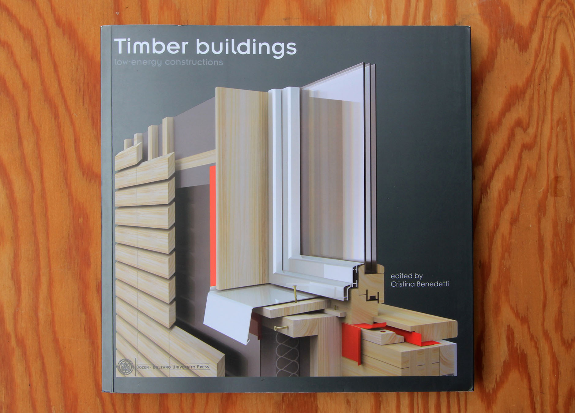 Timber buildingsーlow-energy constructionsー_e0054299_13485450.jpg