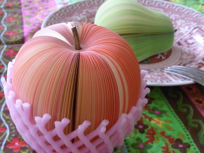 ++美しすぎて食べられないリンゴ&洋なし++_e0140921_10565880.jpg