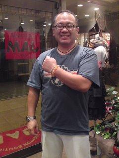 全国の足立院長先生ファンの皆さま〜〜♪_f0126121_2110224.jpg