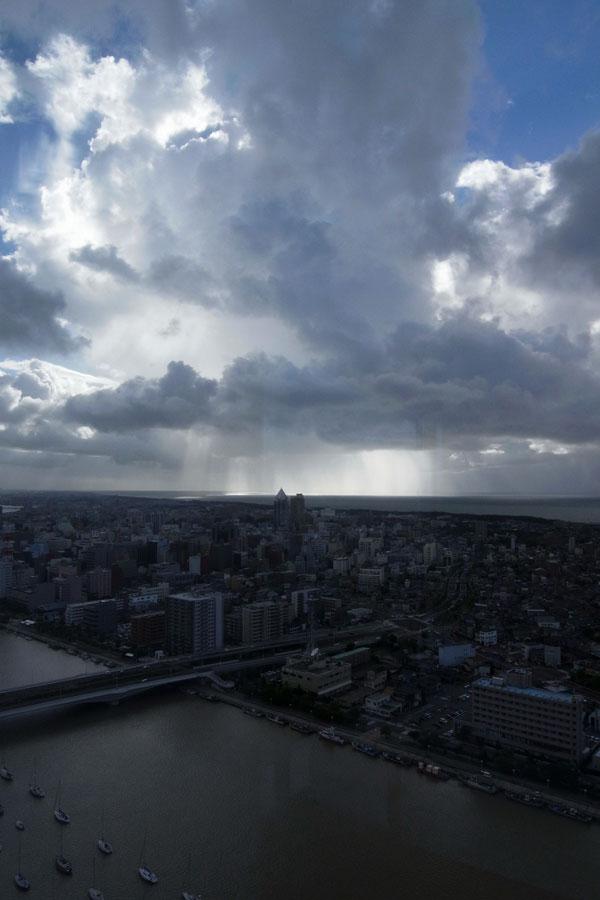 雨の月曜日_e0082981_0284164.jpg
