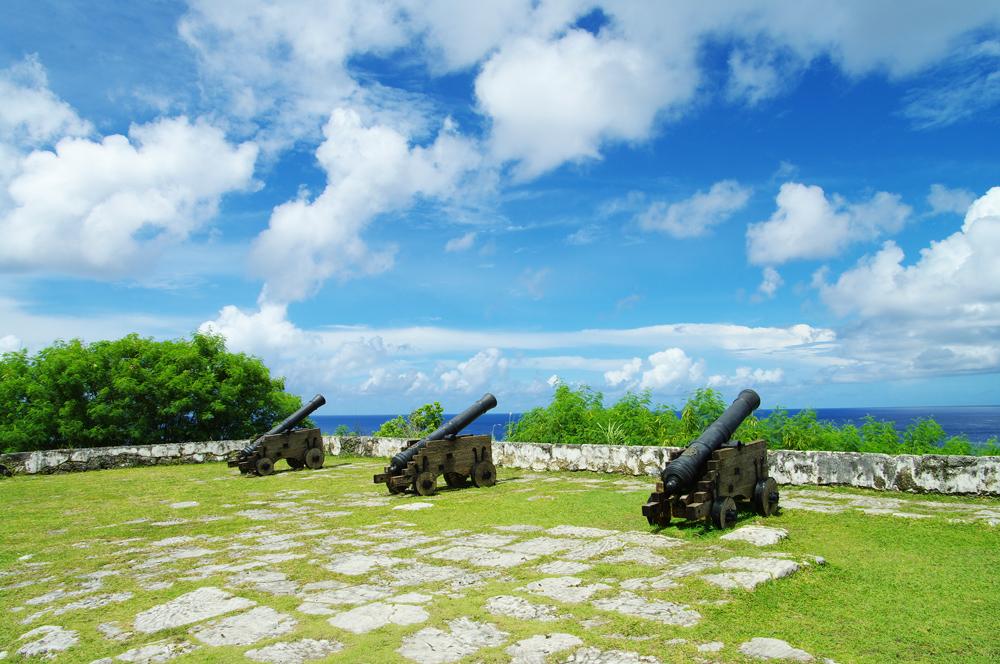 2010年夏のグアム旅行(7) 3日目~スペイン橋、ソレダット砦~_c0223825_128222.jpg