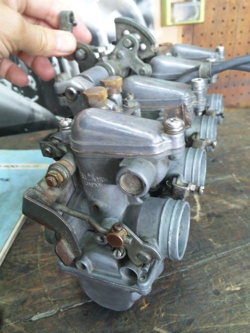 CB400F エンジン不調・・・キャブオーバーホール。その2_a0163159_2342288.jpg