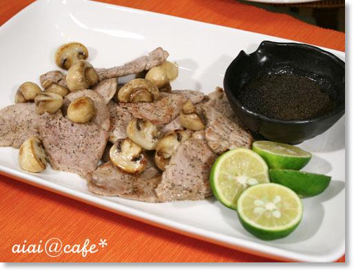 豚フィレ肉とマッシュルームのソテー_a0056451_20492720.jpg