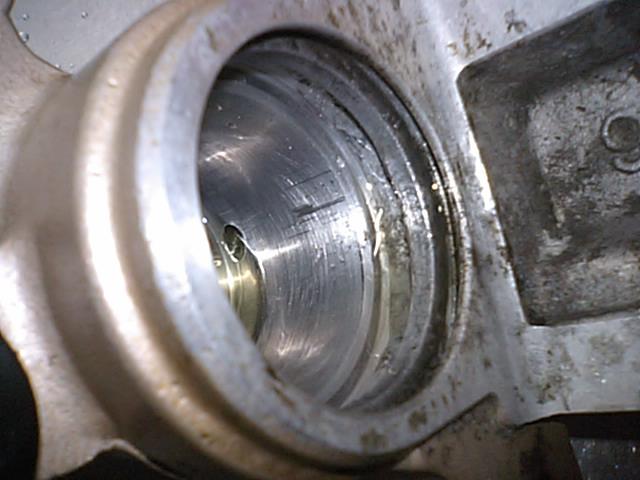 3 NSR50エンジンO/H_e0114857_21383067.jpg
