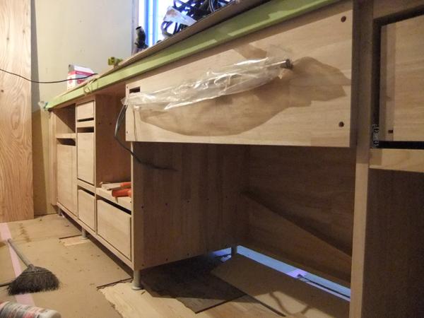 キッチン家具 施工進んでいます!_c0225122_15524616.jpg