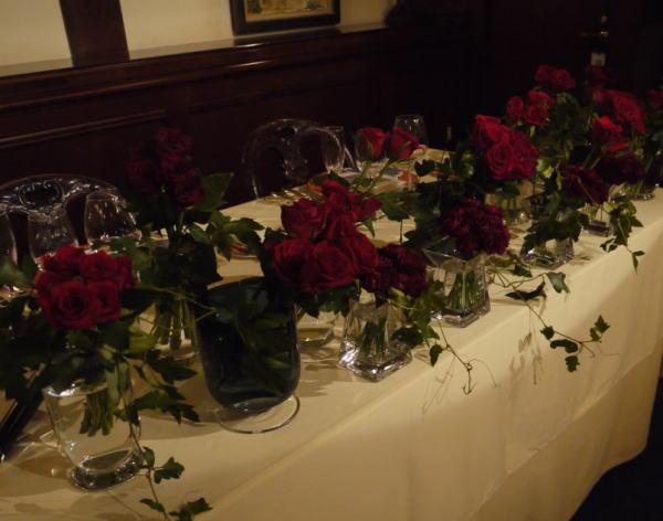シェ松尾青山サロン様の装花 バラとユリ_a0042928_20302960.jpg