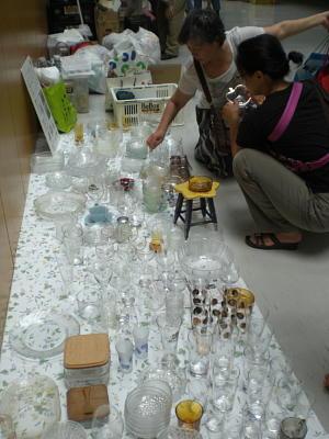 「ガラス食器の回収もスタートしました」2010年7月1日   生駒市南コミュニティーセンターせせらぎにて_c0206588_22313470.jpg
