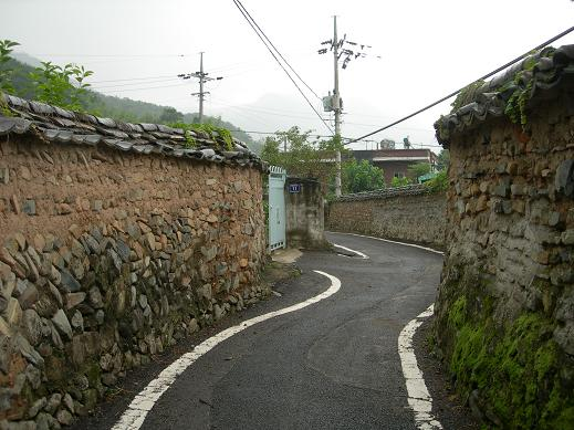 道の果ての村へ_b0129725_0433091.jpg