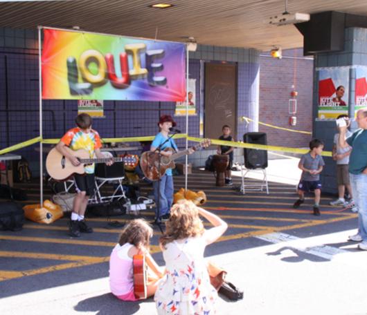 カワイイ小学生男子ミュージシャンのライブに遭遇_b0007805_559542.jpg