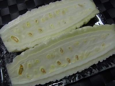 白いゴーヤ2