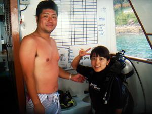 ナイスカップルとラチャヤイ島へ!_f0144385_11542924.jpg
