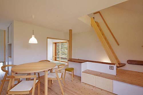小さな森の家(i-works 15坪の家)_b0014003_14563599.jpg