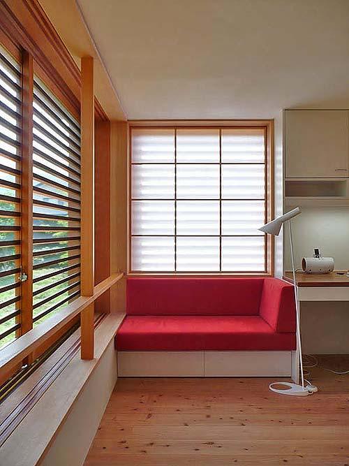 小さな森の家(i-works 15坪の家)_b0014003_1514690.jpg