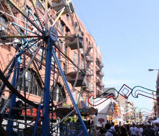 リトル・イタリー最大のお祭り San Gennaro 2010_b0007805_2151106.jpg