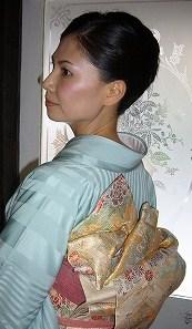 結婚式に着物で!_a0123703_12451938.jpg