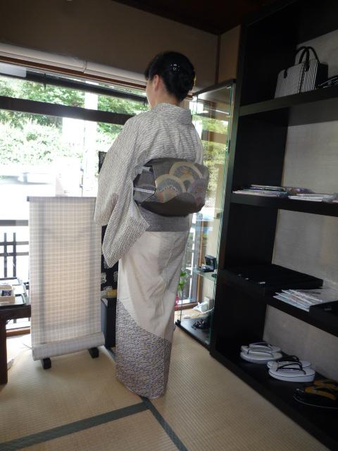 しょうざん生紬・浦島太郎の手おりの帯。_f0181251_17372733.jpg