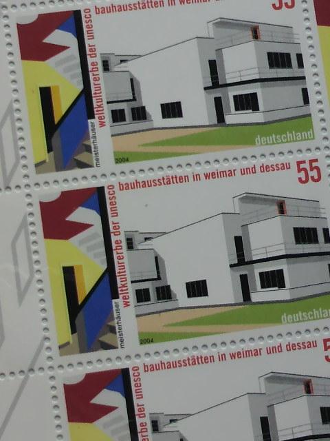 バウハウスの切手なども_b0148170_23383227.jpg