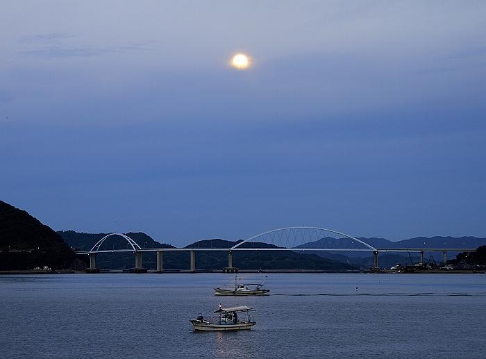 """満月の """"月明かりの漁""""_a0140608_21462553.jpg"""