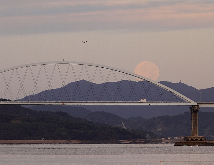 """満月の """"月明かりの漁""""_a0140608_21465417.jpg"""