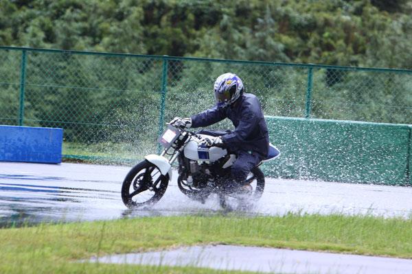 雨のトミンBコース_d0067418_10266.jpg