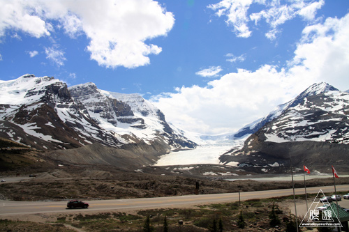 065 Columbia Icefield ~氷河の上を歩く~_c0211532_11462250.jpg
