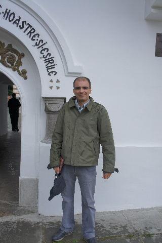ルーマニア(16) シナイア修道院の花_c0011649_180207.jpg