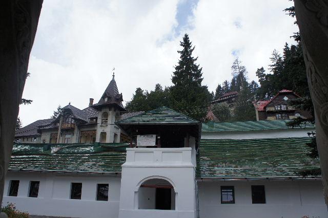 ルーマニア(15) シナイア修道院_c0011649_6161416.jpg