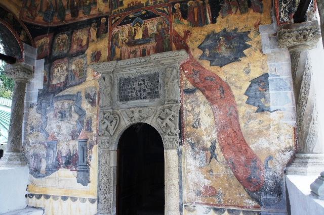 ルーマニア(15) シナイア修道院_c0011649_6421141.jpg