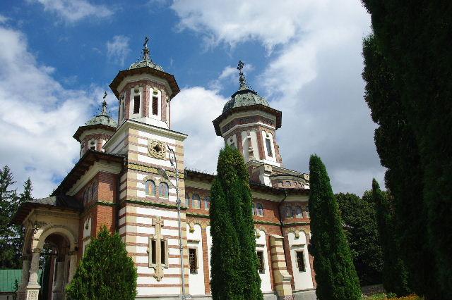 ルーマニア(15) シナイア修道院_c0011649_684419.jpg