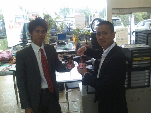 店長のニコニコブログ!ランクル200 御成約☆_b0127002_22112099.jpg