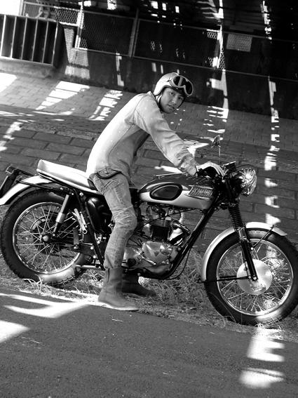 5COLORS 『 君はなんでそのバイクに乗ってるの?』#26_f0203027_1982279.jpg