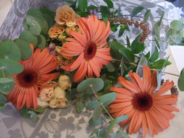 オークリーフ花の教室(中山さんの作品)_f0049672_14403680.jpg
