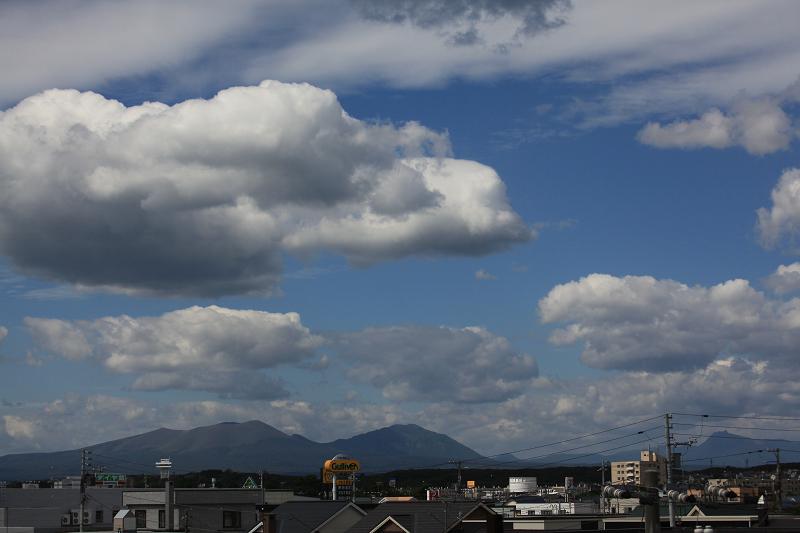 秋の空気 樽前山_a0160581_1931189.jpg