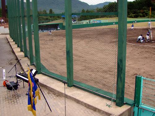 少年野球大会閉会式で演奏♪_a0047200_21311293.jpg