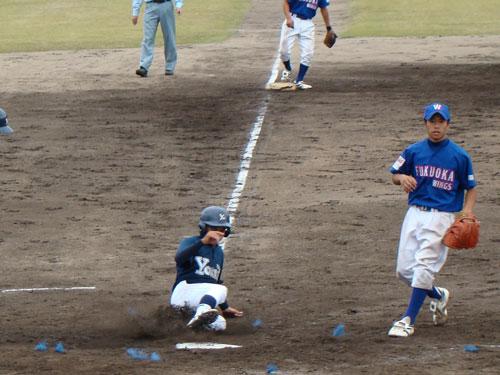 少年野球大会閉会式で演奏♪_a0047200_213173.jpg