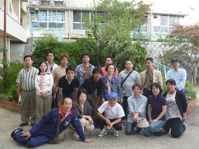 小学校ボランティア&草引き_b0054727_18394090.jpg