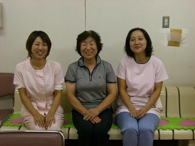 「もったいない陶器市」の食器が大活躍しています! 2010年9月8日生駒市デイサービスセンター「寿楽」_c0206588_17273368.jpg