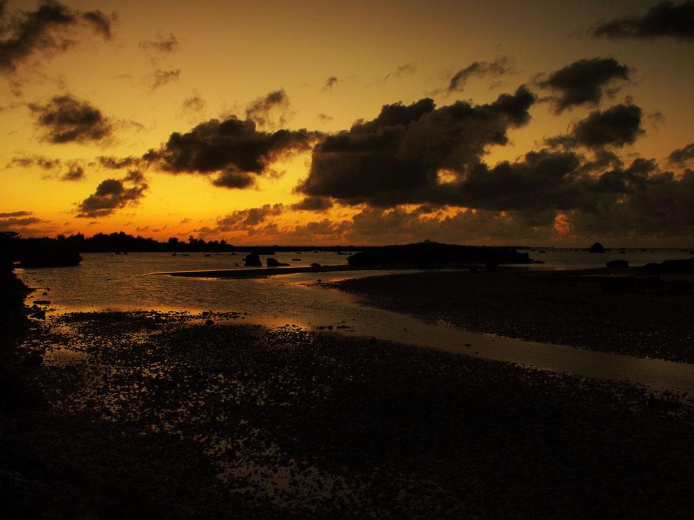 島の黄昏空_e0004009_0153924.jpg