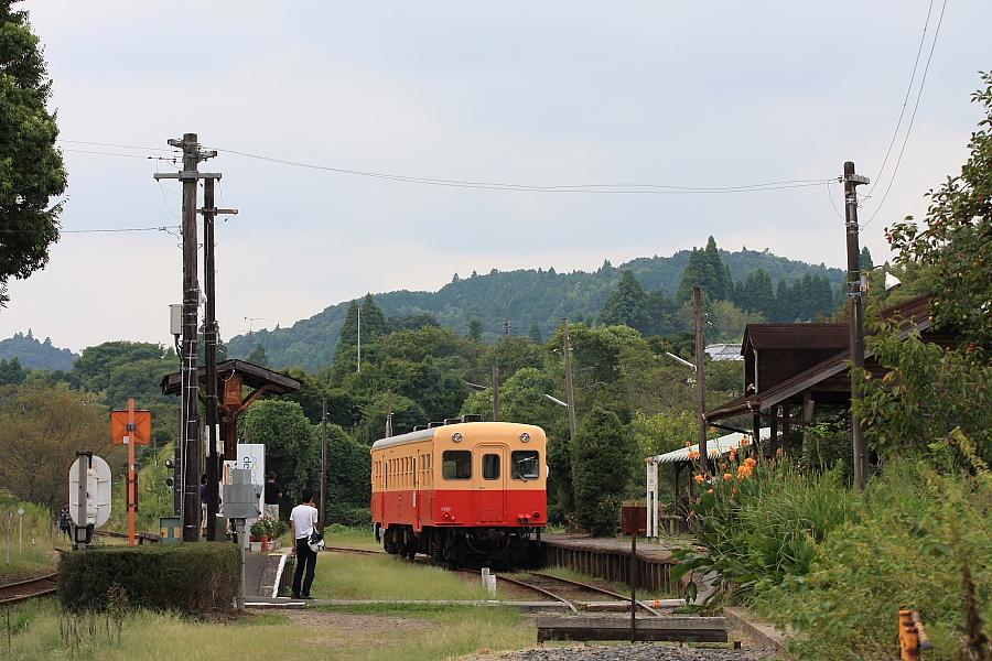 駅が楽しい小湊鉄道(3)_b0190710_2193820.jpg