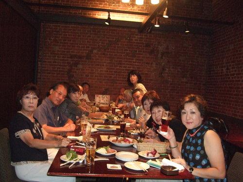 亀田プロ囲んで楽しい飲み会です。_b0199261_17505348.jpg