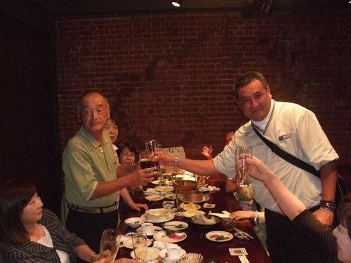 亀田プロ囲んで楽しい飲み会です。_b0199261_1757163.jpg