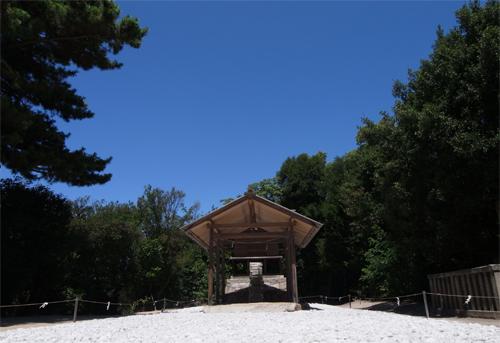 """直島旅行その8・護王神社——""""神""""への階段_c0042704_15312070.jpg"""