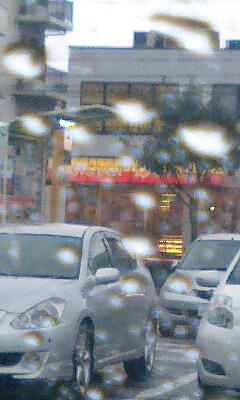 雨の駐車場_f0155808_1253256.jpg