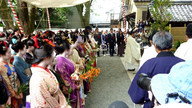 安井金毘羅宮 櫛祭り_e0048413_19104849.jpg